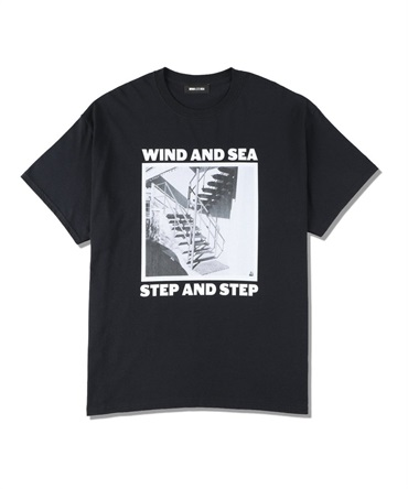 WDS (STEP AND STEP) PHOTO T-SHIRT 【 WIND AND SEA / ウィンダンシー 】
